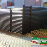 Горизонтальный забор из металлической доски длинной до 12 метров #120